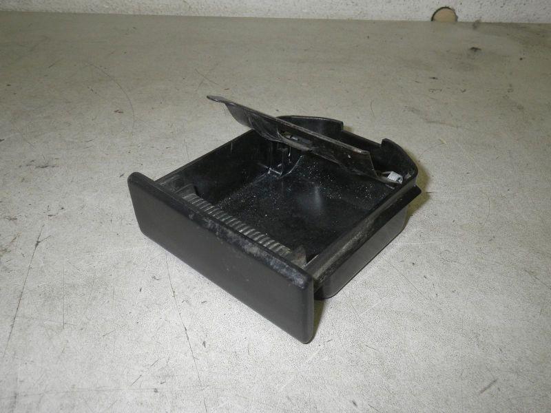 Aschenbecher ROVER 25 (RF) 1.4 16V