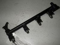Einspritzleiste Rail 77 00 112 519/Plaste:schwarz<br>RENAULT MEGANE CLASSIC (LA0/1_) 1.4 16V (LA0D, L